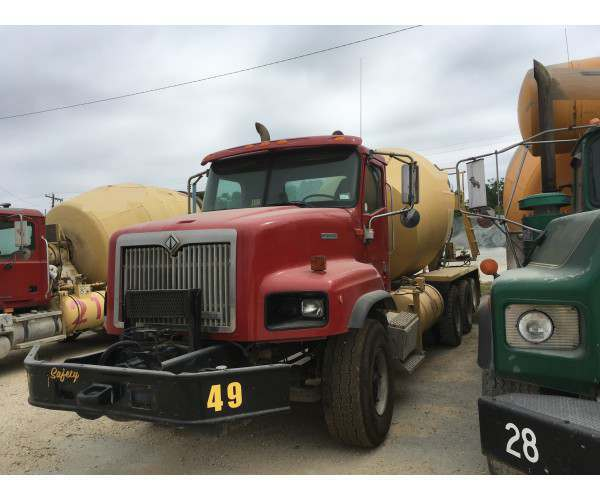 2000 International 5000 Mixer Truck in MO