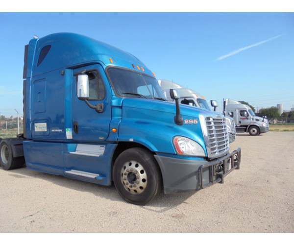 2013 Freightliner Cascadia in CO