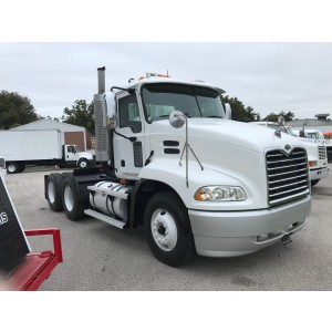 2004 Mack CX613 Day Cab