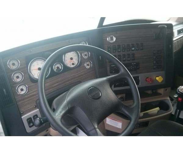 2008 Peterbilt 388 Day Cab 7
