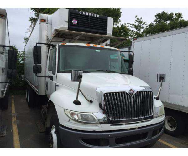 2007 International 4400 Reefer Truck 2