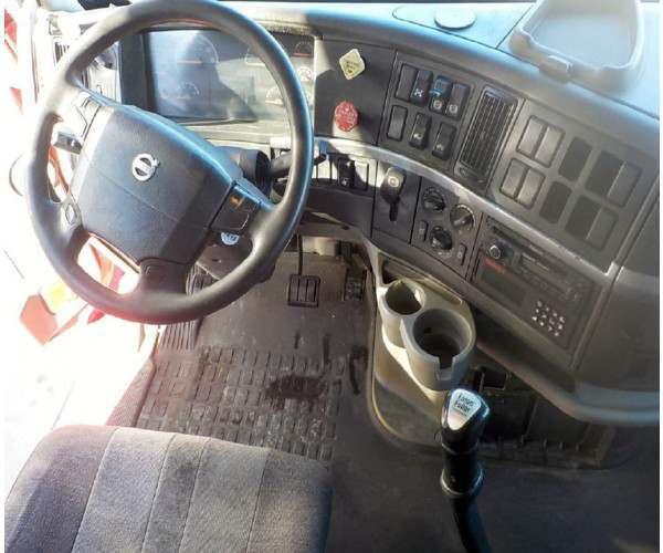 2008 Volvo VNL 6701