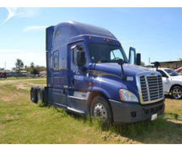 2014 Freightliner Cascadia 5