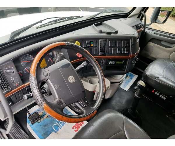 2009 Volvo VNL 670 in NC