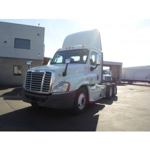 2011 Freightliner Cascadia Day Cab in CA