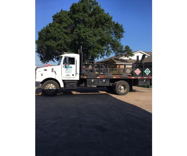 2003 Peterbilt 330 Service Truck in TX