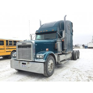 2000 Freightliner FLD132 in IA