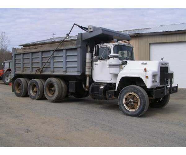 1988 Mack RD688S Triaxle Dump truck