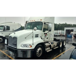 2009 Mack CXU Day Cab in IN