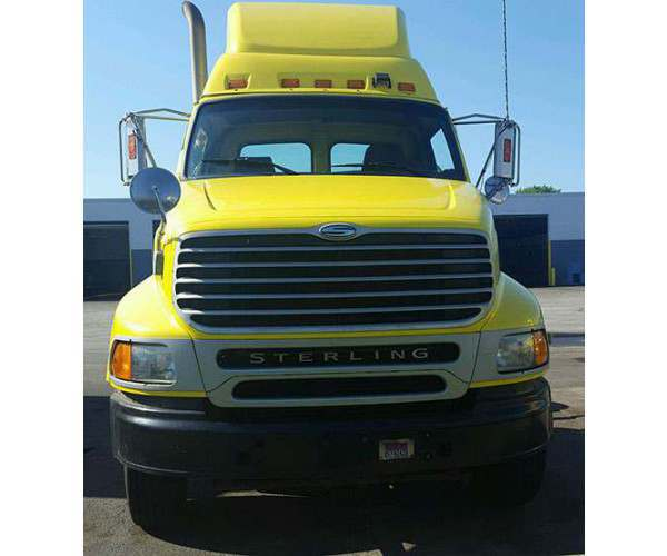 2004 Sterling A9500 Day Cab 3