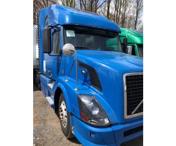 2009 Volvo VNL 670 in PA