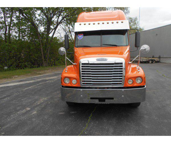 2007 Freightliner Century 4