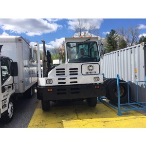 2007 Capacity Yard Truck in CT