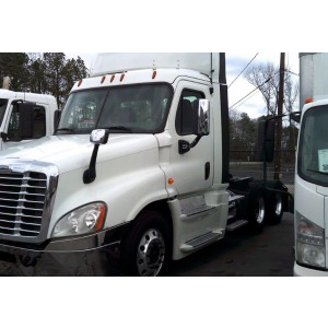 2014 Freightliner Cascadia Day Cab in GA