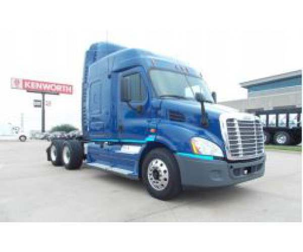 2013 Freightliner Cascadia in MO