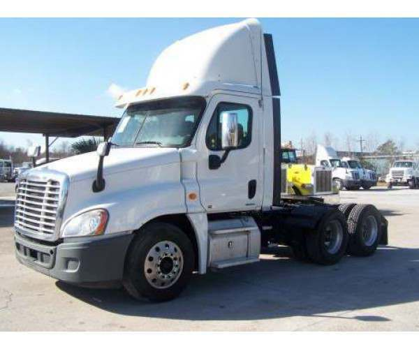 2011 Freightliner Cascadia Day Cab with DD13, 10 speed, NCL Truck Sales