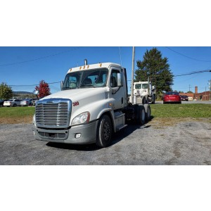 2011/12 Freightliner Cascadia Day Cab