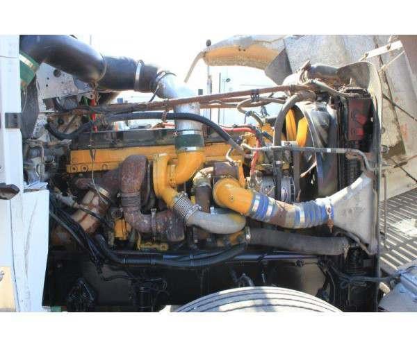 2007 Freightliner FLD120 4