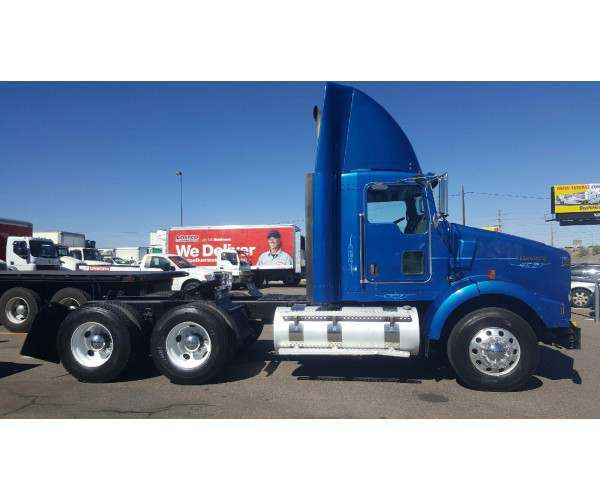 2007 Kenworth T800 Day Cab 5