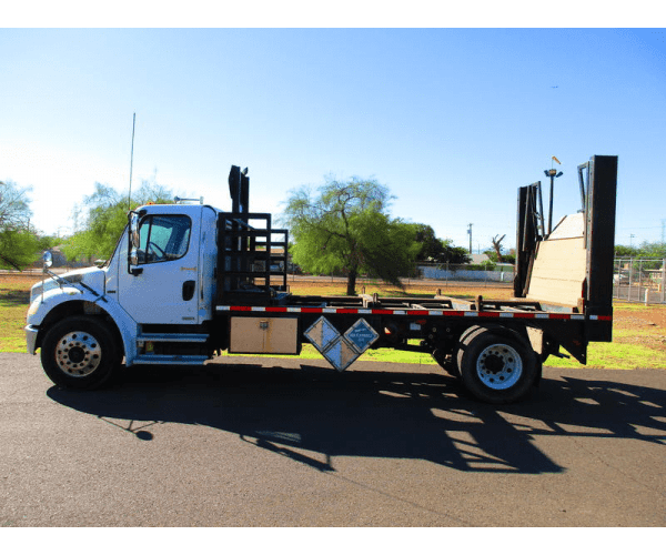 2007 Freightliner M2 Day Cab 2