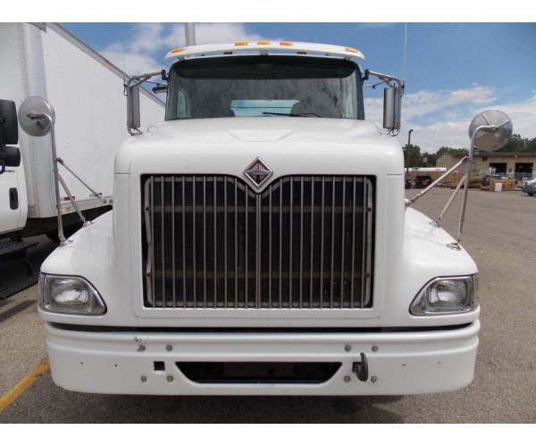 2007 International 9400i Day Cab 5