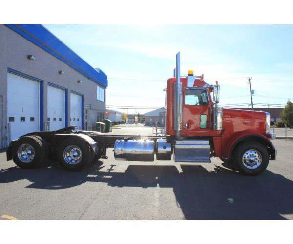 2014 Peterbilt 388 Day Cab 6