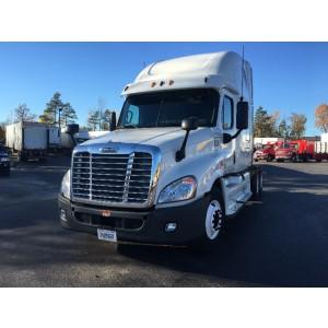 2013 Freightliner Cascadia in NY