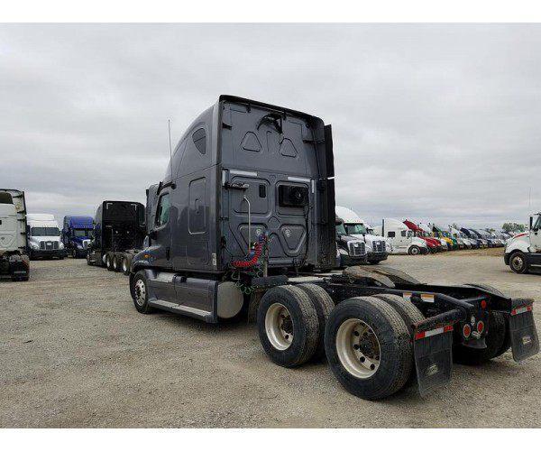 2012 Freightliner Cascadia10
