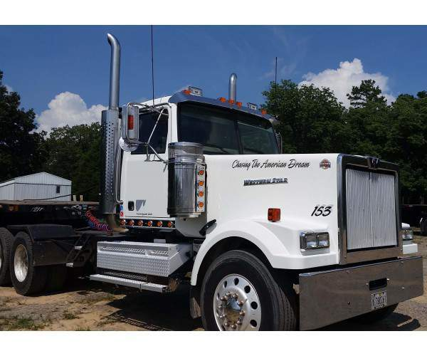 2011 Western Star 4900EX Day Cab 1