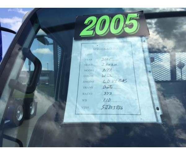 2005 Isuzu NPR Box Truck 3