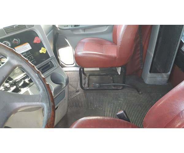 2006 Freightliner Columbia 7