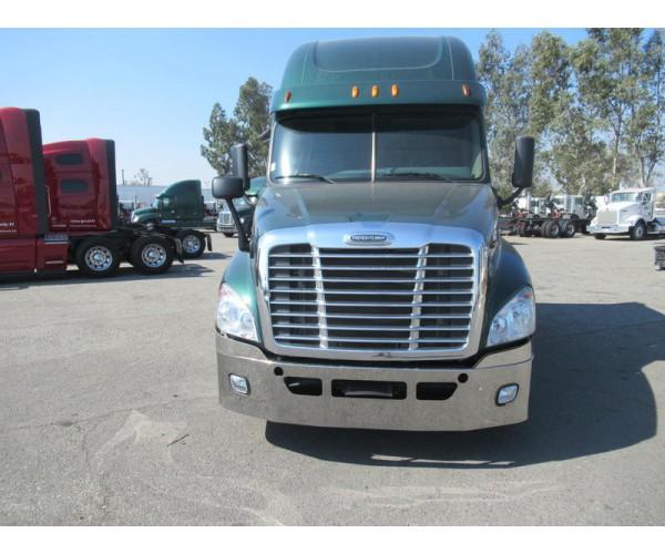 2014 Freightliner Cascadia in CA