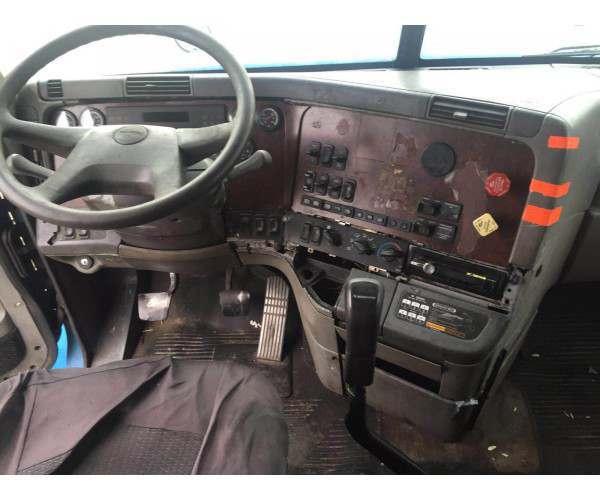 2001 Freightliner Century 1