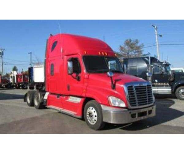 2009 Freightliner Cascadia 7