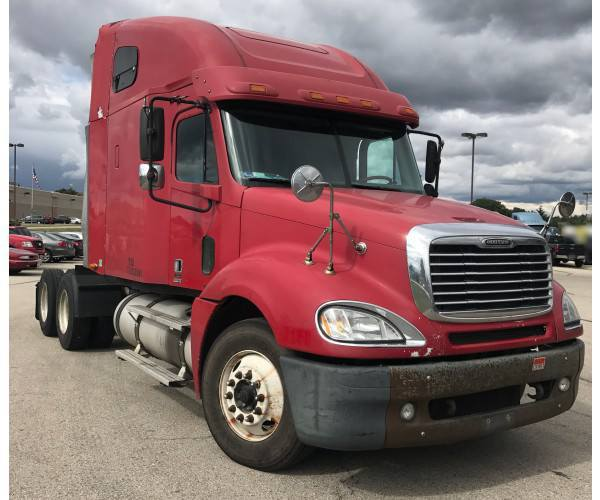 2007 Freightliner Columbia in IL