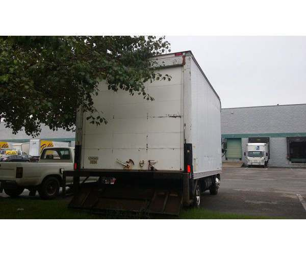 1999 Mitsubishi Fuso 16' box truck in Tennessee 1