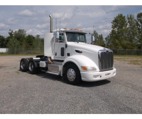 2013 Peterbilt 386 Day Cab in MD