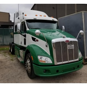 2013 Peterbilt 587 in TX