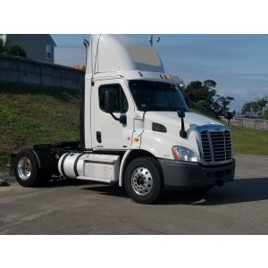 2011 Freightliner Cascadia Day Cab in NY