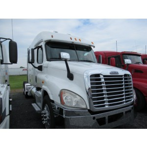 2014 Freightliner Cascadia in PA