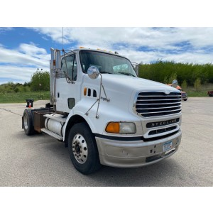 2001 Sterling 9500 Day Cab in WI