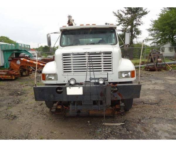 1998 International 4900 Knuckleboom Crane 4