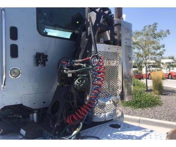 2013 Freightliner Coronado Day Cab 2
