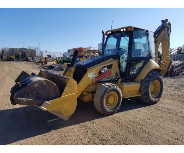 2011 Cat 420E in ND
