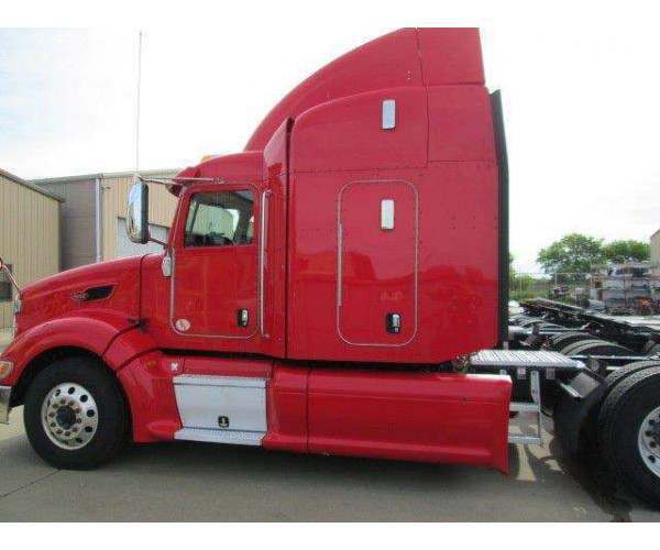 2013 Peterbilt 386 midroof with cummins isx in Texas, wholesale, ncl trucks