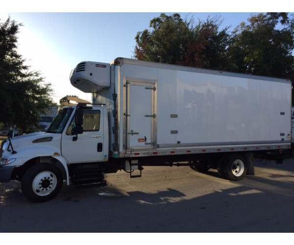 2010 International 4300 Reefer Truck 4