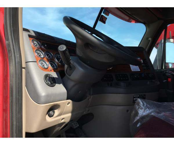 2010 Freightliner Cascadia in NE