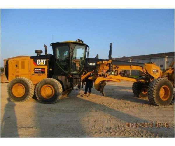 2014 Caterpillar 140M2 Motor Grader 1