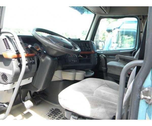 2005 Volvo VNL 630 in OH