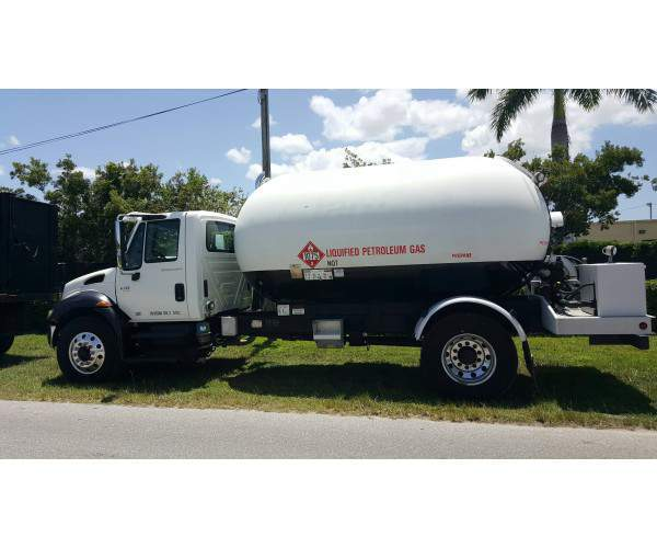 2006 International 4300 Propane Delivery Truck 2